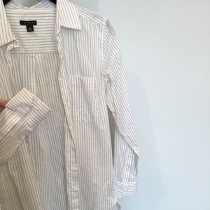 Ann Taylor XS Pinstriped Buttoned Shirt
